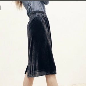NWT J. Crew Velvet Pull on Midnight navy skirt